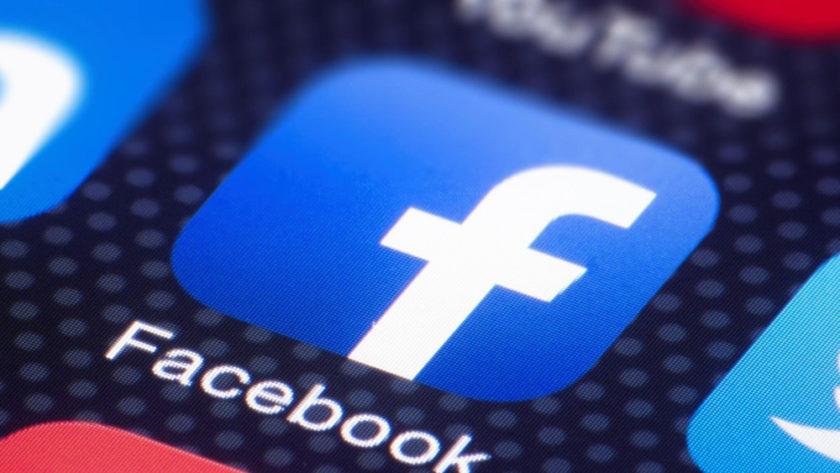 Facebook тестирует Hotline: платформу голосовых чатов, вдохновленную Clubhouse